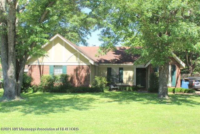 7250 English Oak Drive, Olive Branch, MS 38654 (MLS #336110) :: Gowen Property Group | Keller Williams Realty