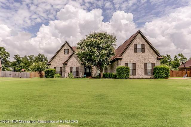 8806 Shallow Creek Drive, Olive Branch, MS 38654 (MLS #336676) :: The Home Gurus, Keller Williams Realty