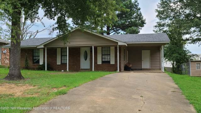 5804 Ross Road, Olive Branch, MS 38654 (MLS #336704) :: The Live Love Desoto Group