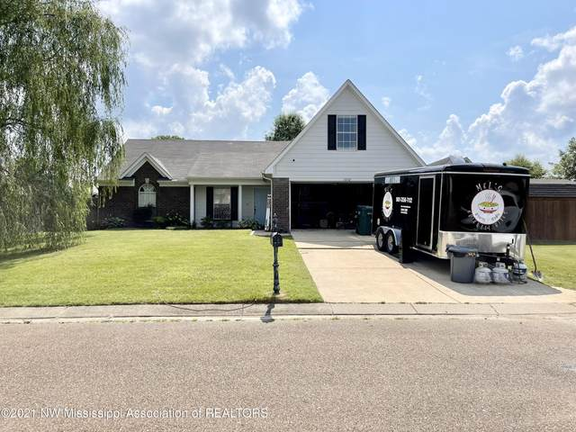 5752 Fawn Drive, Southaven, MS 38672 (MLS #336775) :: The Live Love Desoto Group