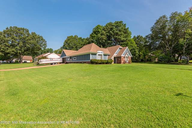 7121 Oak Forest Drive, Olive Branch, MS 38654 (MLS #336814) :: The Live Love Desoto Group
