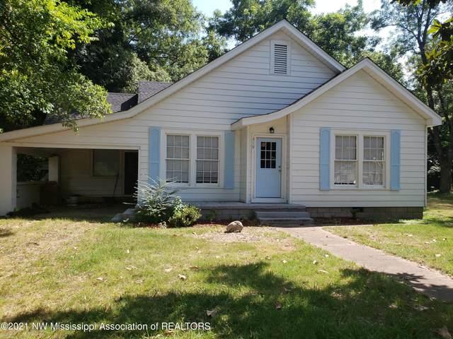 219 Van Voris Street, Batesville, MS 38606 (MLS #337210) :: The Home Gurus, Keller Williams Realty