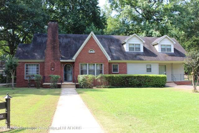 202 Creek Drive Drive, Batesville, MS 38606 (MLS #337263) :: Signature Realty