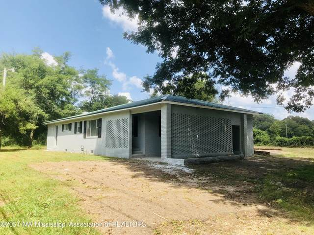 377 NW Boundary Street, Holly Springs, MS 38635 (MLS #337601) :: Signature Realty