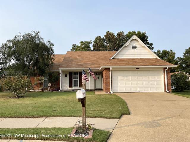 10448 Maplebrook Lane, Olive Branch, MS 38654 (MLS #337836) :: Gowen Property Group | Keller Williams Realty