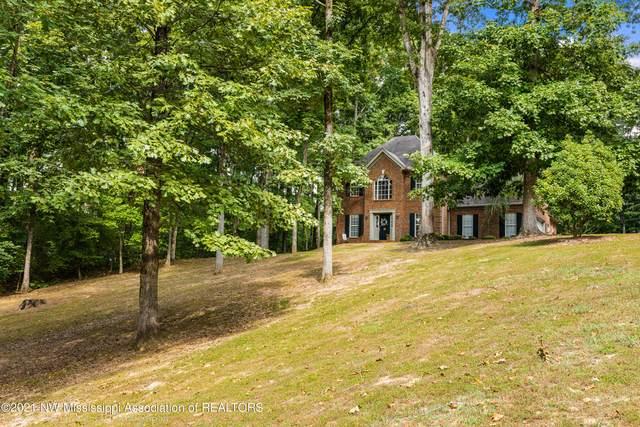 2390 Oak Creek Drive, Hernando, MS 38632 (MLS #337843) :: Signature Realty