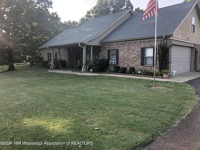 33 Golden Pond Drive, Coldwater, MS 38618 (MLS #337872) :: The Live Love Desoto Group