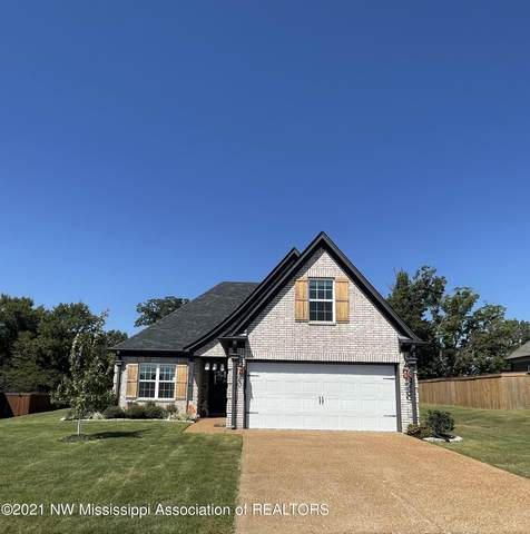 3262 Magnolia Ridge Drive, Hernando, MS 38632 (MLS #337987) :: The Home Gurus, Keller Williams Realty