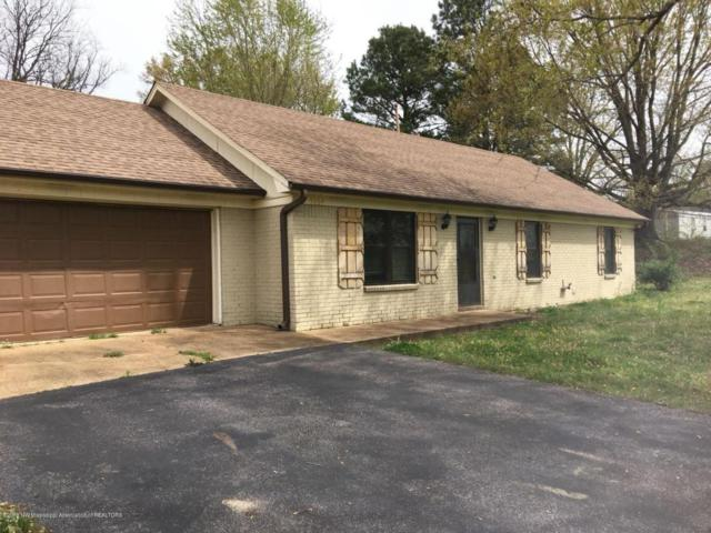5064 W Oak Grove Road, Hernando, MS 38632 (#315762) :: Berkshire Hathaway HomeServices Taliesyn Realty