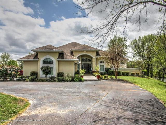 1251 Ranch Drive, Senatobia, MS 38668 (MLS #322159) :: Gowen Property Group | Keller Williams Realty