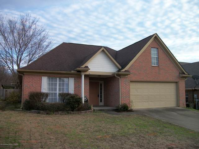 667 E Timber Lane, Hernando, MS 38632 (MLS #327815) :: The Live Love Desoto Group