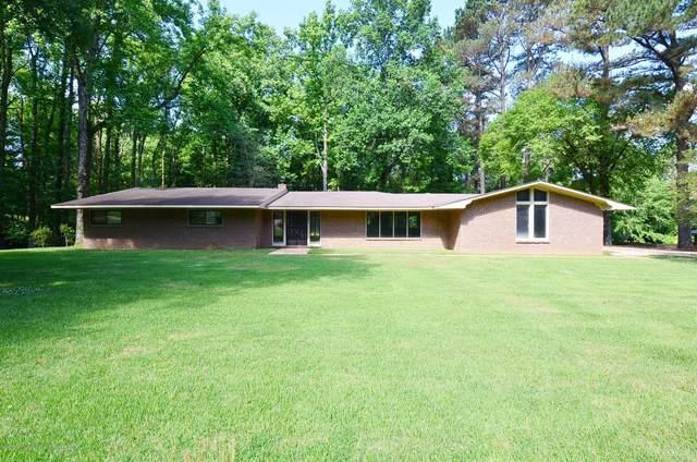360 Cedar Hills Road, Holly Springs, MS 38635 (MLS #329296) :: Gowen Property Group | Keller Williams Realty