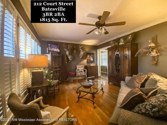 212 Court Street, Batesville, MS 38606 (MLS #332882) :: The Live Love Desoto Group