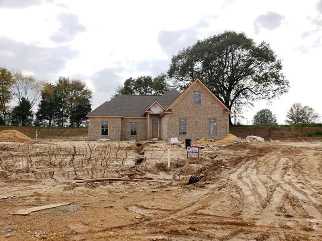 214 Cadet Drive, Senatobia, MS 38668 (MLS #331541) :: Gowen Property Group | Keller Williams Realty