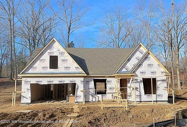 2701 Maple Hill Drive, Nesbit, MS 38651 (MLS #333136) :: Gowen Property Group | Keller Williams Realty