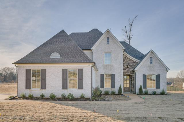 1711 Carlee Drive, Hernando, MS 38632 (MLS #316398) :: Signature Realty