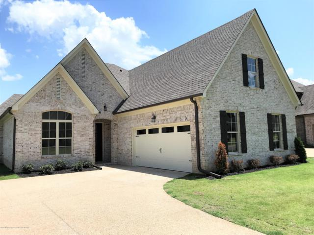 5240 Forest Bend Cove, Southaven, MS 38672 (#320299) :: Berkshire Hathaway HomeServices Taliesyn Realty