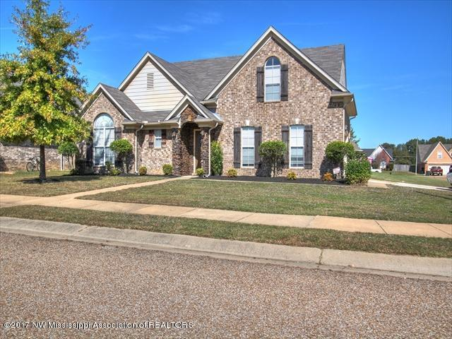 2840 Russum Drive, Southaven, MS 38672 (#312980) :: Berkshire Hathaway HomeServices Taliesyn Realty