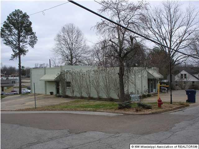 2404 Church Street, Byhalia, MS 38611 (MLS #313948) :: Signature Realty