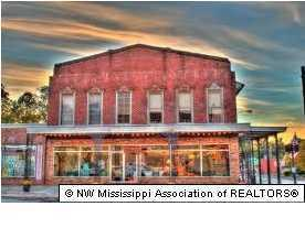 144 S Memphis Street, Holly Springs, MS 38635 (#316460) :: JASCO Realtors®