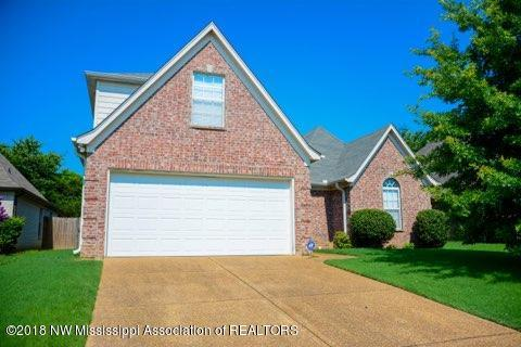 9049 Billy Pat Drive, Olive Branch, MS 38654 (#317128) :: Berkshire Hathaway HomeServices Taliesyn Realty