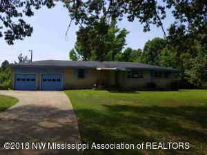 7563 W Sandidge Road, Olive Branch, MS 38654 (MLS #317769) :: Signature Realty