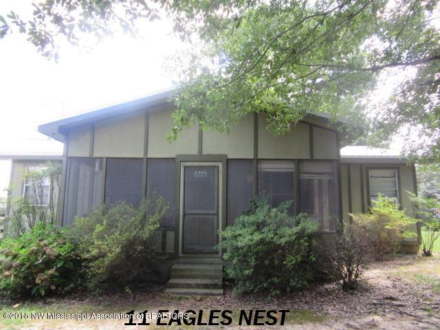 11 Eagles Nest Cove, Pope, MS 38658 (MLS #319458) :: Signature Realty
