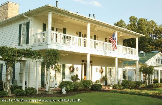 4715 Church Road, Nesbit, MS 38651 (#321405) :: Berkshire Hathaway HomeServices Taliesyn Realty
