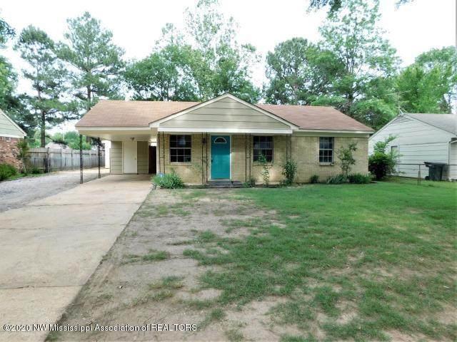 8082 Whitebrook Drive, Southaven, MS 38671 (MLS #328601) :: Gowen Property Group | Keller Williams Realty