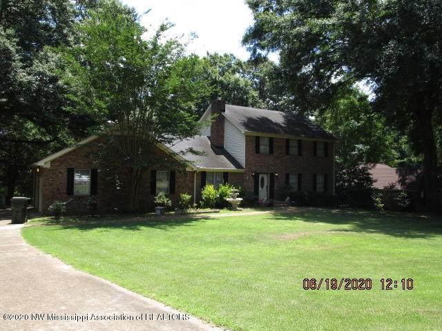 123 Brookside Drive, Senatobia, MS 38668 (MLS #329948) :: The Live Love Desoto Group