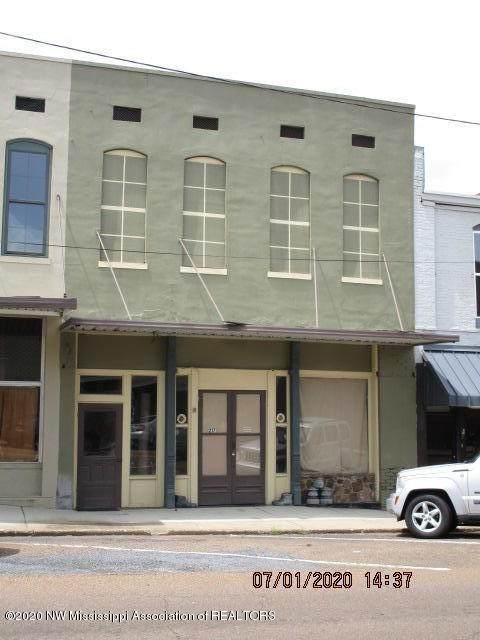 217 W Main Street, Senatobia, MS 38668 (MLS #330133) :: The Justin Lance Team of Keller Williams Realty