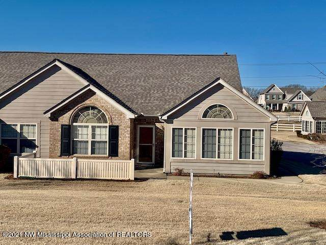 8830 Parkview Oaks Circle, Olive Branch, MS 38654 (MLS #334125) :: The Live Love Desoto Group