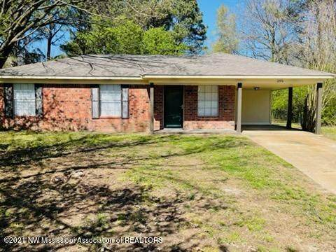 2770 Ashbriar Drive, Horn Lake, MS 38637 (MLS #334680) :: The Live Love Desoto Group