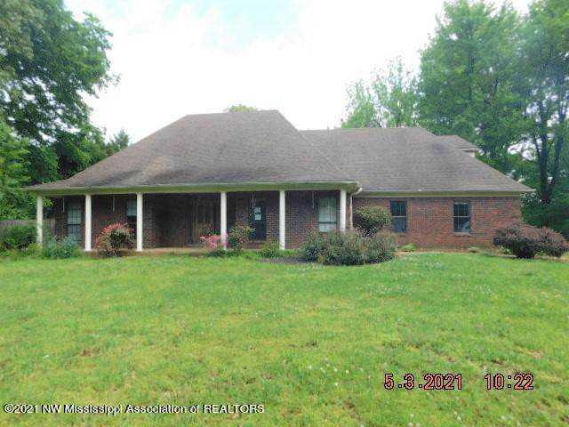 9574 W Commerce Street, Hernando, MS 38632 (MLS #335315) :: The Live Love Desoto Group