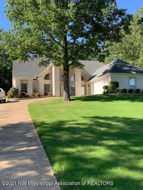 10120 N Cypress Lake Drive, Olive Branch, MS 38654 (MLS #335470) :: The Justin Lance Team of Keller Williams Realty