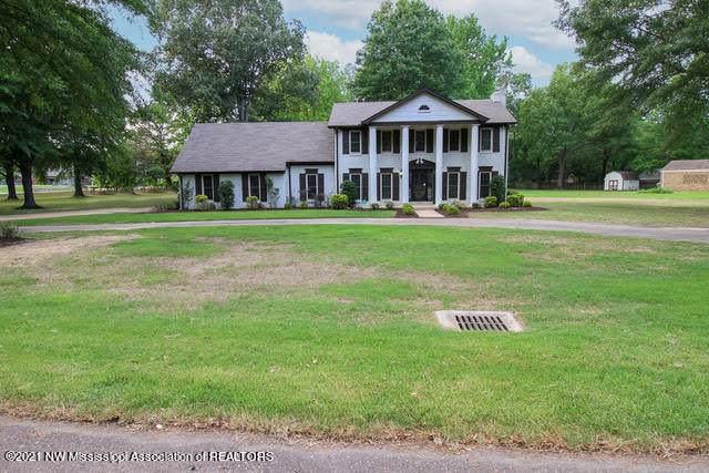 1020 Jo Ann Drive, Southaven, MS 38671 (MLS #335722) :: The Home Gurus, Keller Williams Realty