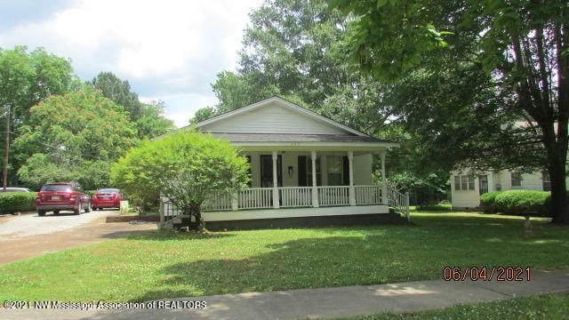 325 Hamilton Street, Holly Springs, MS 38635 (MLS #336103) :: Gowen Property Group | Keller Williams Realty