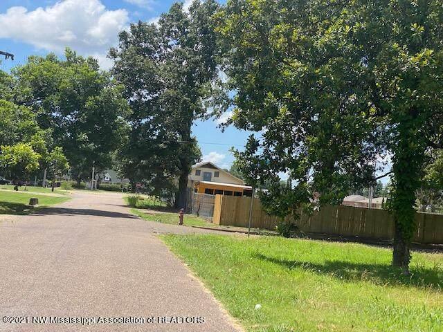 615 Kantor Avenue, Clarksdale, MS 38614 (MLS #336313) :: The Live Love Desoto Group