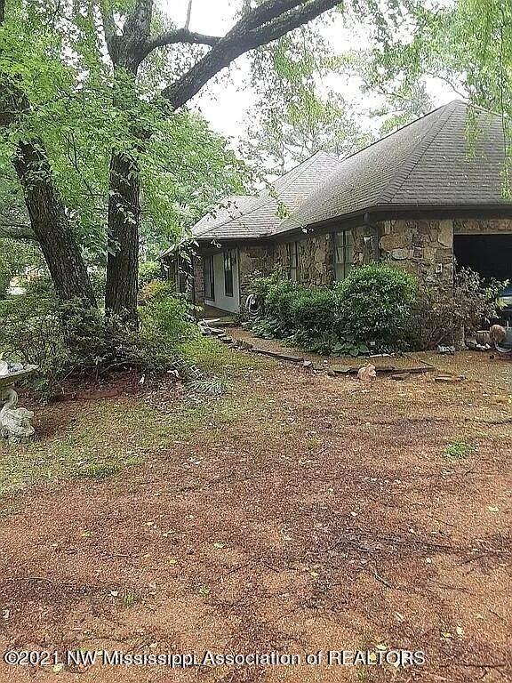 7402 Swinnea Road, Southaven, MS 38671 (MLS #336475) :: The Home Gurus, Keller Williams Realty