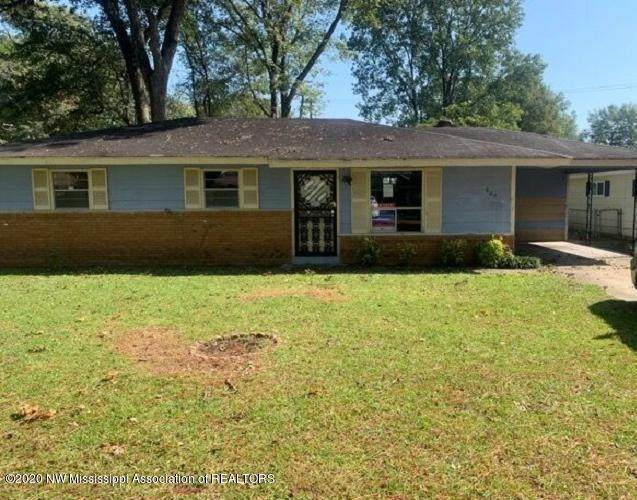 605 N 2nd Avenue, Greenwood, MS 38930 (MLS #332104) :: The Live Love Desoto Group