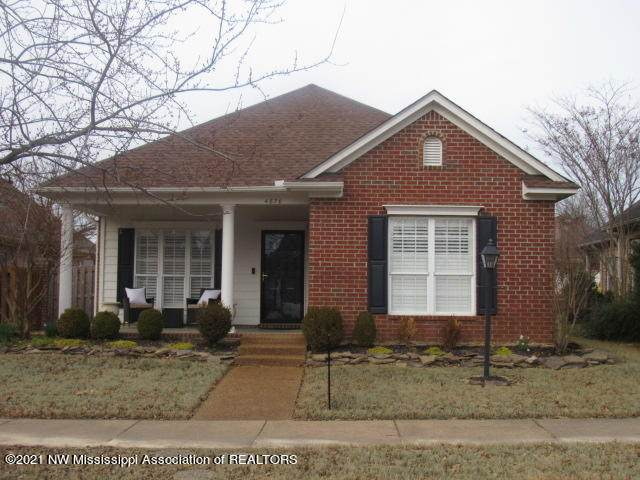 4870 Stone Cross Drive, Olive Branch, MS 38654 (MLS #333496) :: The Home Gurus, Keller Williams Realty