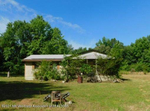 2295 Ms-311, Holly Springs, MS 38635 (MLS #336176) :: The Live Love Desoto Group