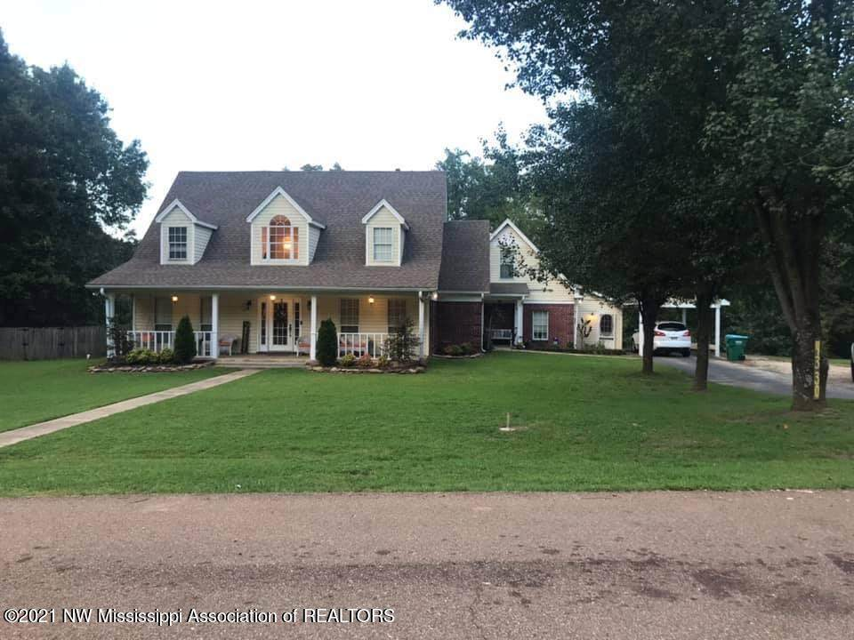 4330 Southern Manor Drive - Photo 1
