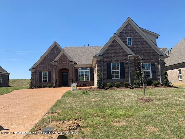 3667 Woodcutter Drive, Southaven, MS 38672 (MLS #320909) :: Signature Realty