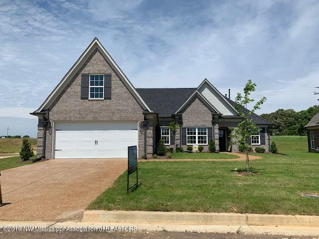 3639 Woodcutter Drive, Southaven, MS 38672 (MLS #320824) :: Signature Realty
