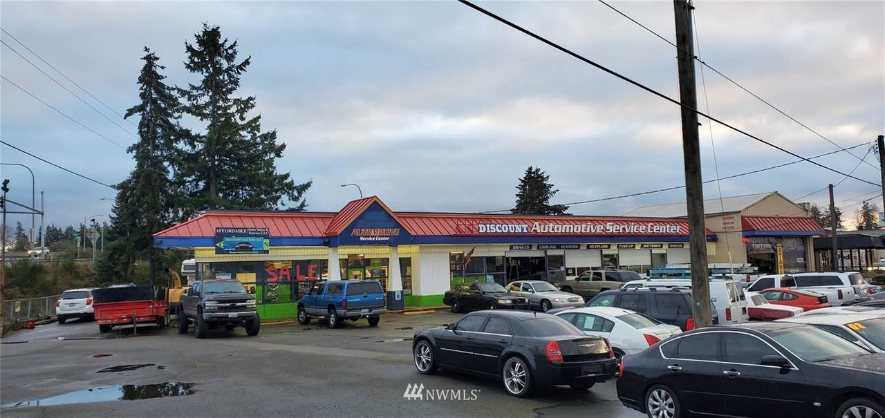 12001 Pacific Hwy - Photo 1