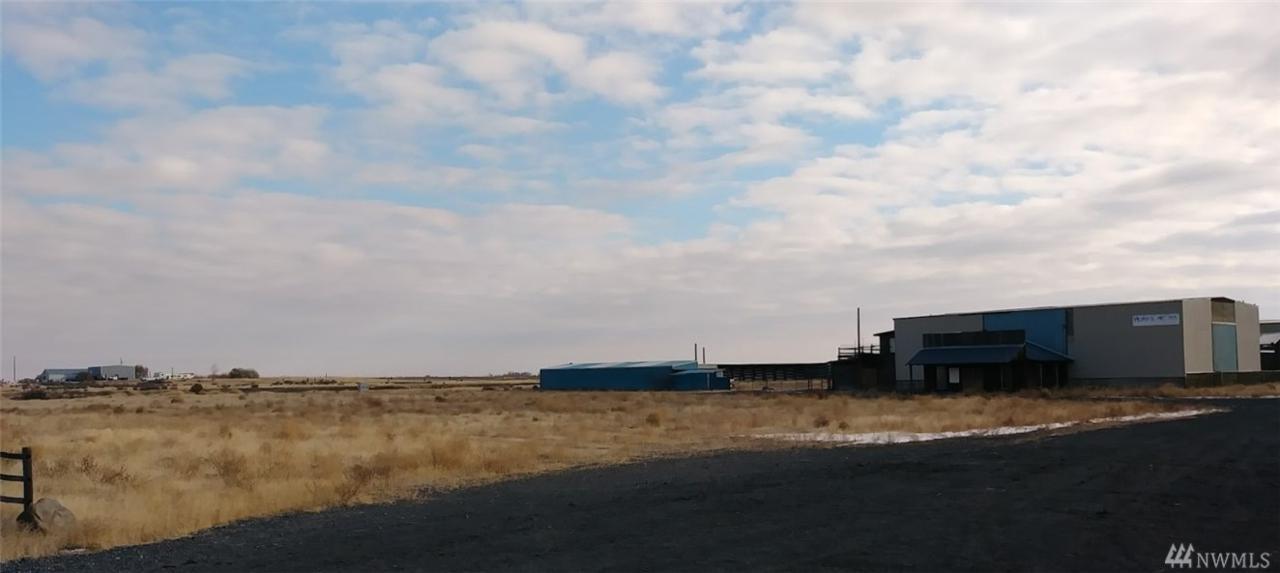 5433 Highway 28 - Photo 1