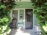 1325 Davis Ave - Photo 2