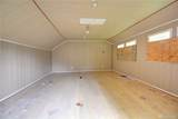 2325 77th Ave - Photo 15