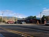 974 Valley Highway - Photo 3